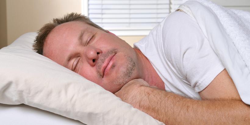 Wirkt ausreichend Schlaf gegen Demenz?